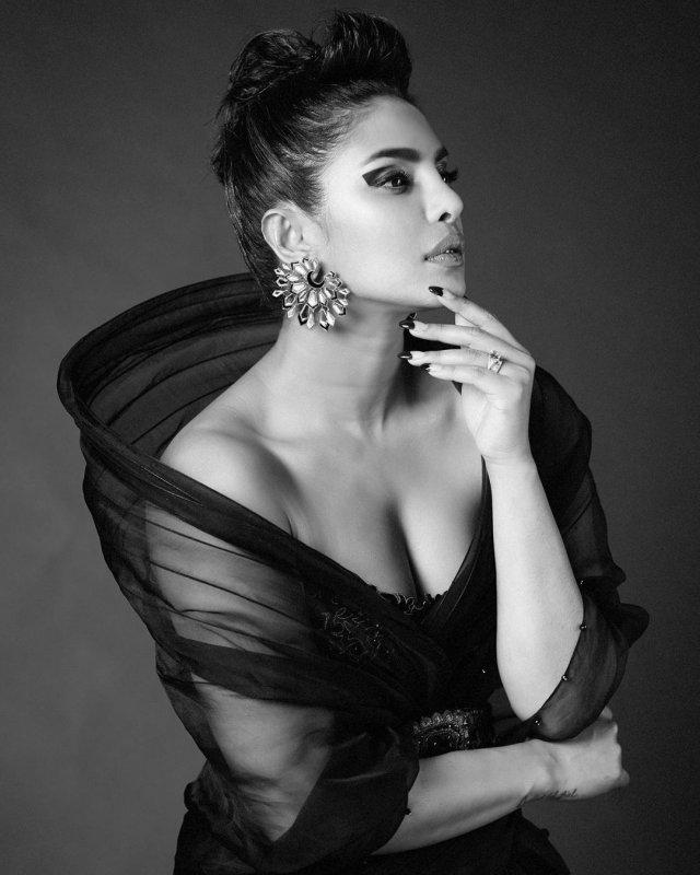 Самые красивые актрисы Болливуда на снимках