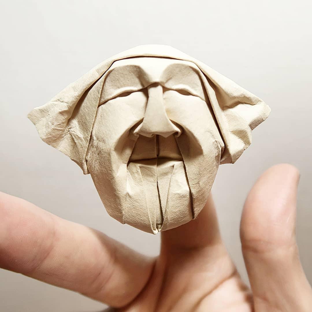 Впечатляющие миниатюрные маски-оригами от Финна Джексона