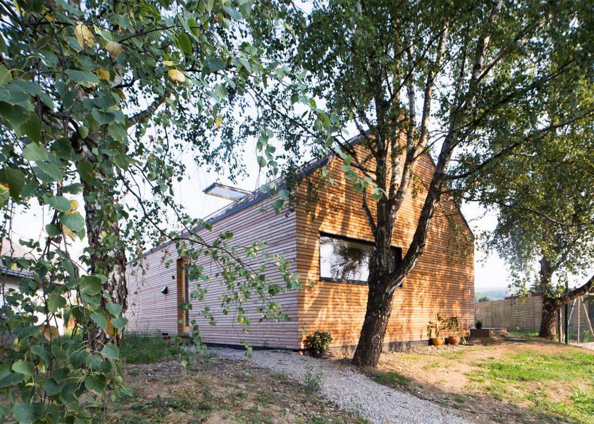 Современный и традиционный семейный дом в Словакии