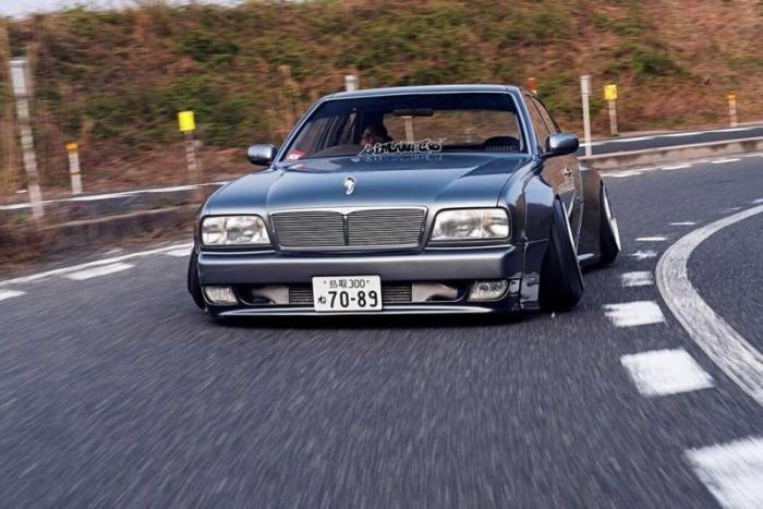 Nissan Cima – просто японское Vip безумие (ФОТО)