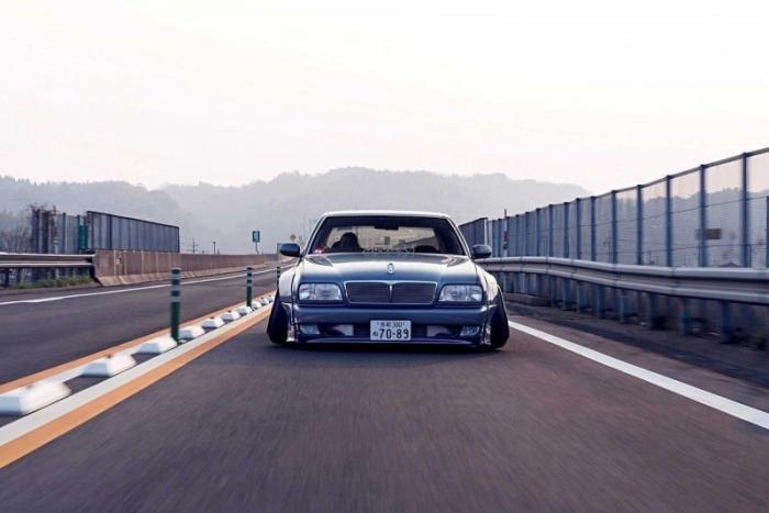 Nissan Cima – просто японское Vip безумие