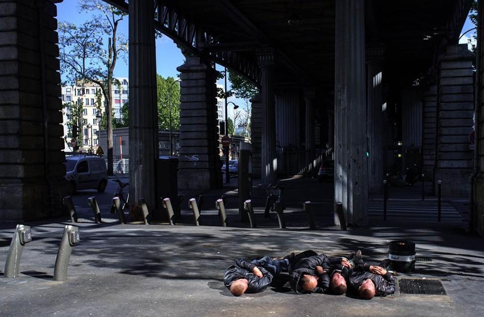 Курьезные моменты из уличной жизни от французского фотографа