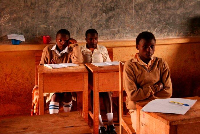 Почему африканские страны такие бедные?