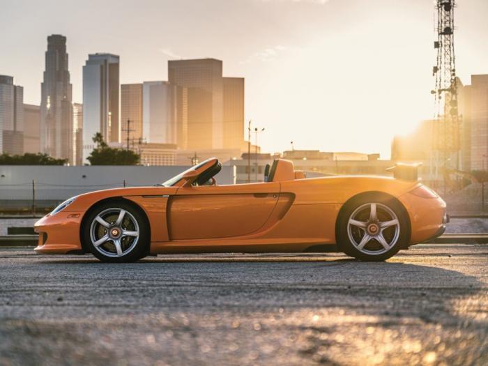 Porsche Carrera GT — последний суперкар с механикой (ФОТО)