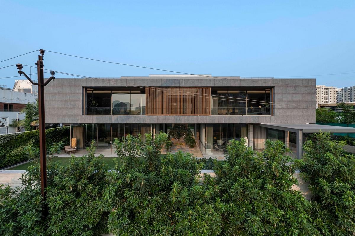 Современный семейный дом в Индии