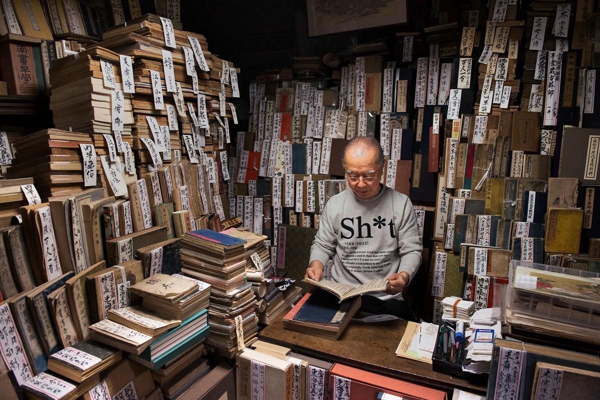 Фотопроект о любителях книг от Стива Маккарри
