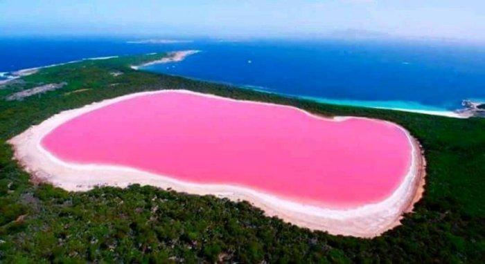 Необычные места нашей планеты, которые поражают своей красотой