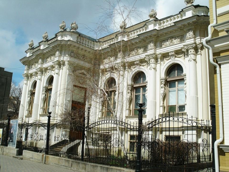 10 красивых зданий в Ростове-на-Дону