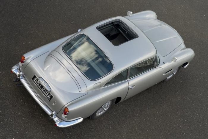 Aston Martin выпустил шпионскую версию DB5