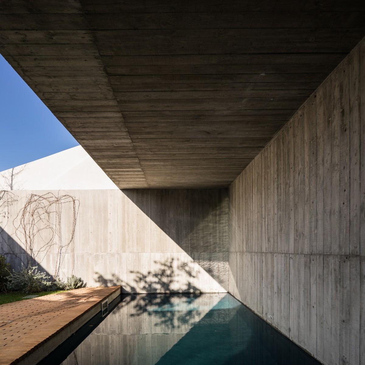 Дом в Португалии, объединяющий исторические традиции и современность