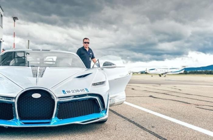 Bugatti тестируют новую модель гиперкара перед отгрузкой