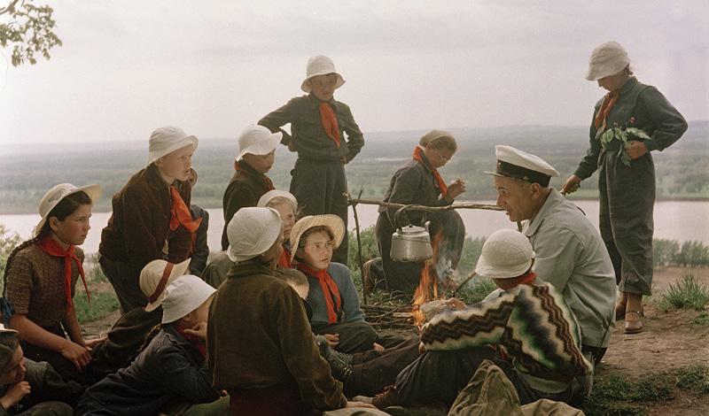 Как доставался значок отличия для туристов в СССР