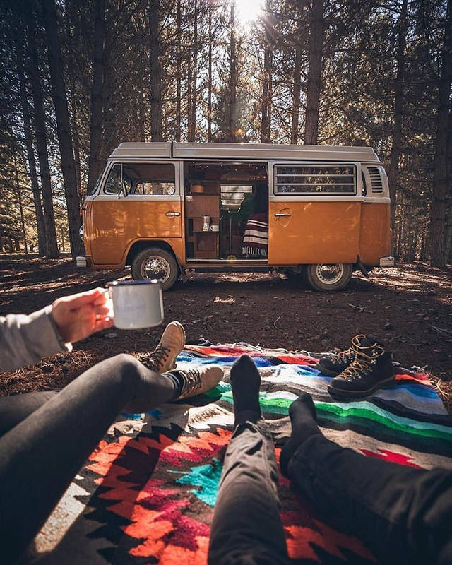 Путешествие в фургоне на снимках