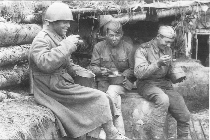 Чем кормили советских фронтовиков в ВОВ