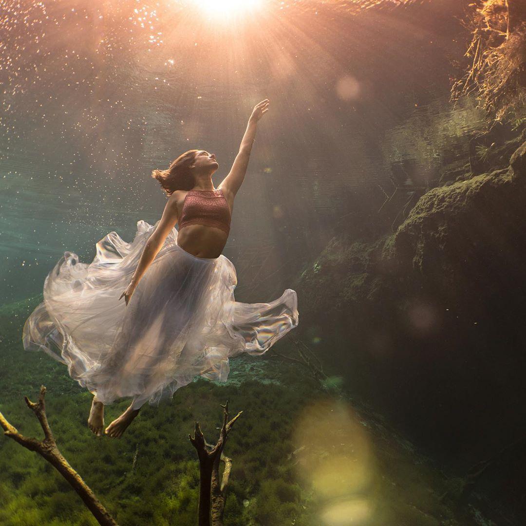 Потрясающие подводные снимки моделей от Лекси Лайн