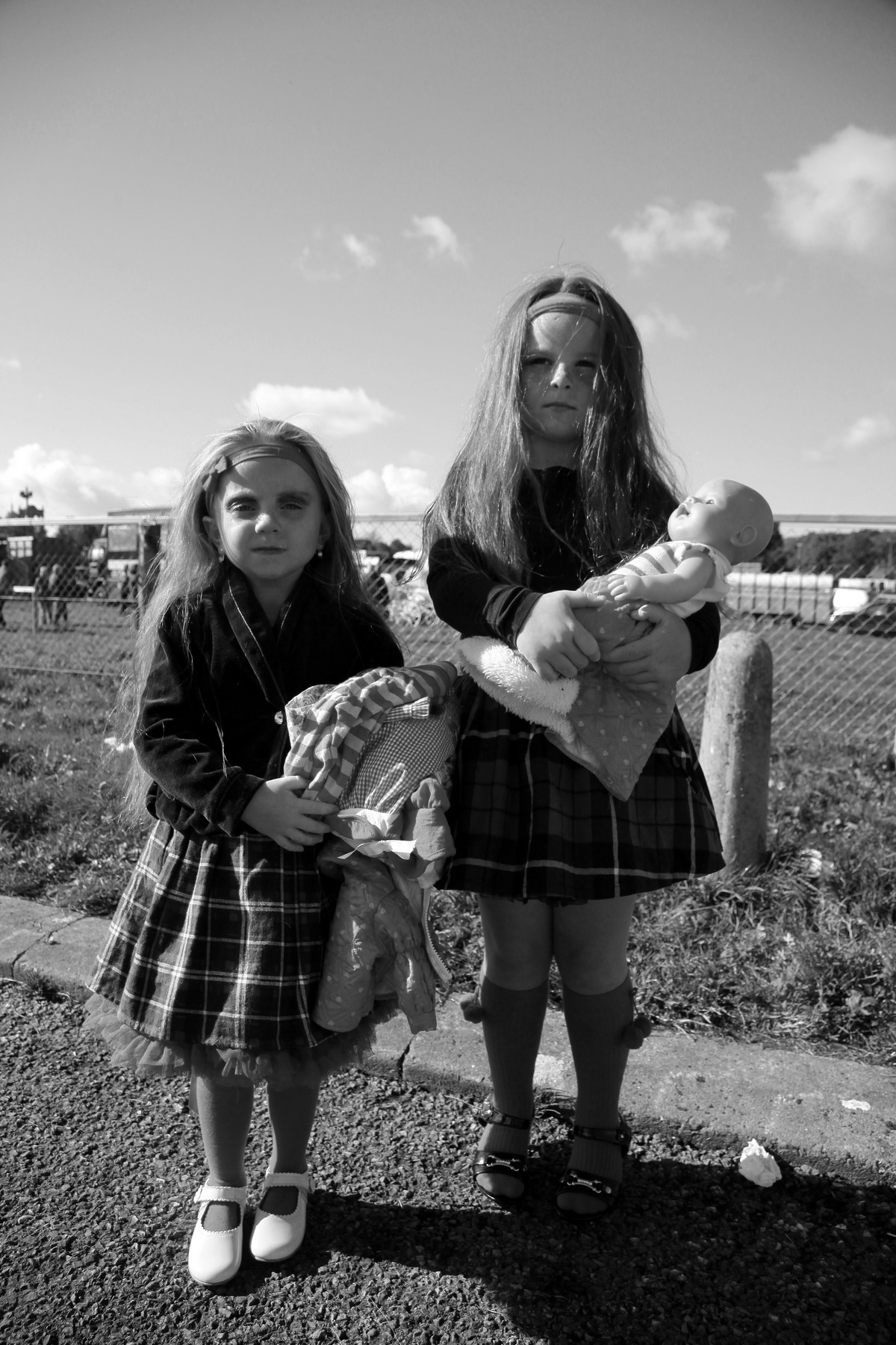 Черно-белые снимки молодых ирландских цыган от Джейми Джонсон