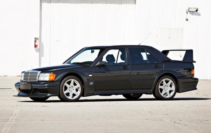 Mercedes-Benz 190E 2.5-16 Evolution II — очень редкий и желанный зверь