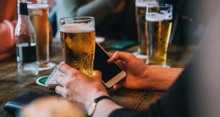 Смартфоны смогут определять степень опьянения хозяина