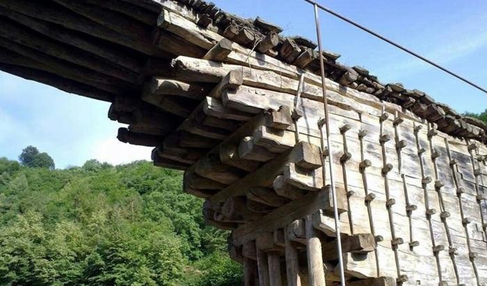 Удивительный 200-летний мост в Дагестане, построенный без единого гвоздя