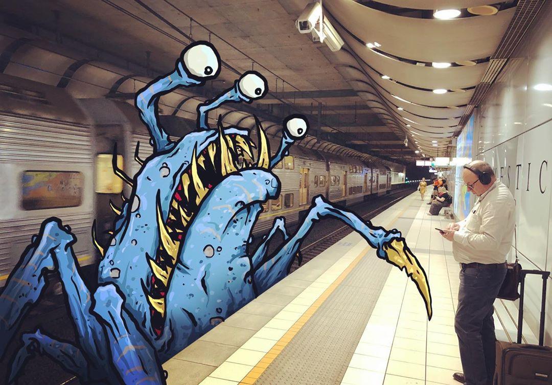 Художник добавляет монстров в сцены повседневной жизни