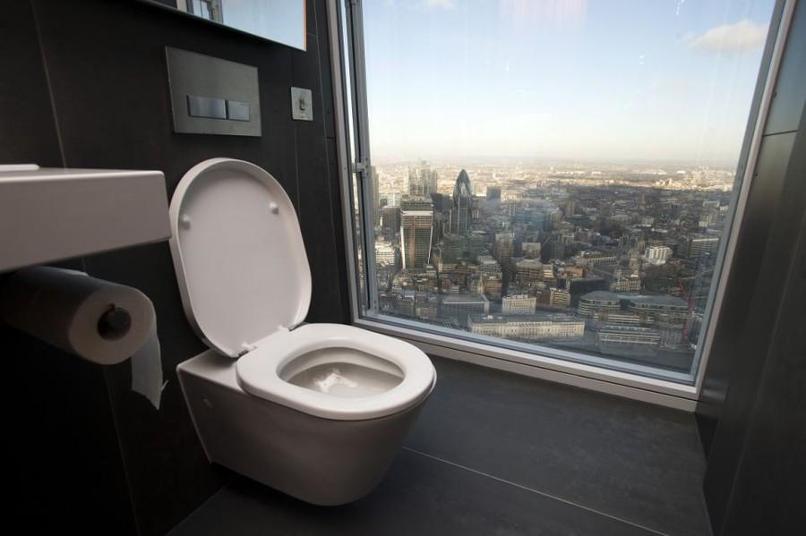 Туалетные комнаты с роскошными видами из разных уголков мира