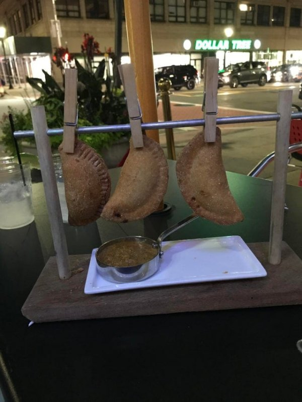 Странные и безумные подачи блюд в ресторанах, от которых пропадает аппетит