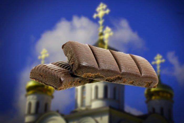Из-за чего православная церковь запрещает есть гематоген