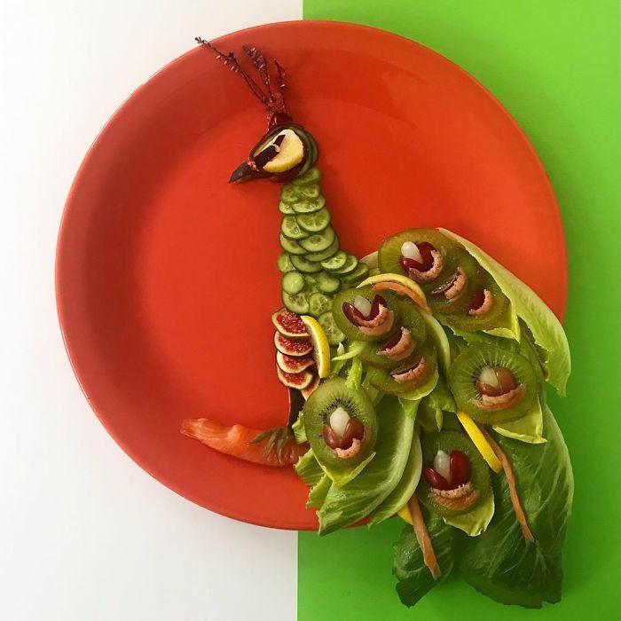 Мать двоих детей готовит съедобные картины животных и известных персонажей
