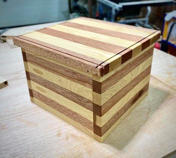 Интересные изделия из дерева от мастеров-самодельщиков