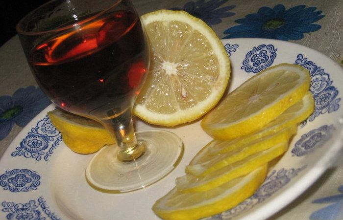 Откуда пошла традиция закусывать коньяк лимоном