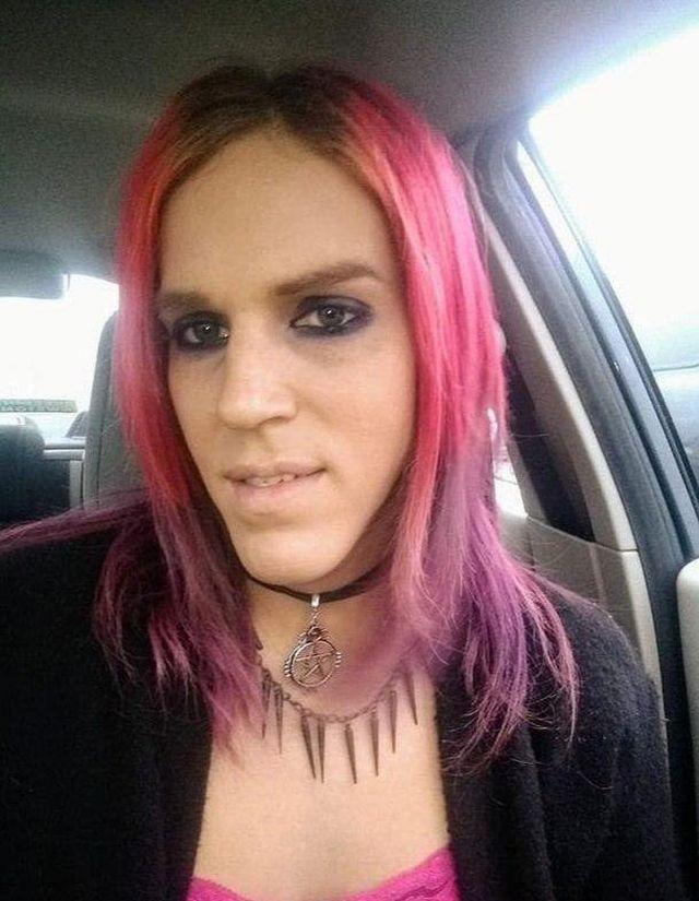 Транс-сатанистский анархист стал шерифом Нью-Хэмпшира