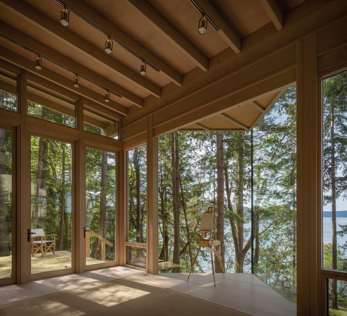 Гостевой дом-студия на склоне холма в США