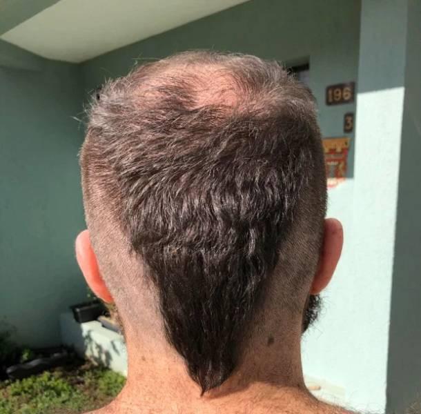 Им срочно нужен хороший парикмахер