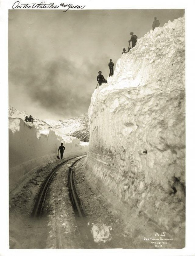 Яркие черно-белые снимки из прошлого