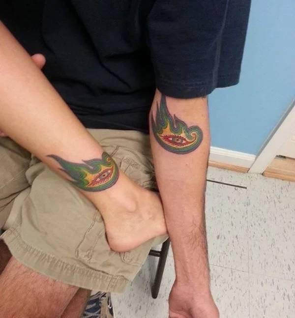 Крутые парные татуировки