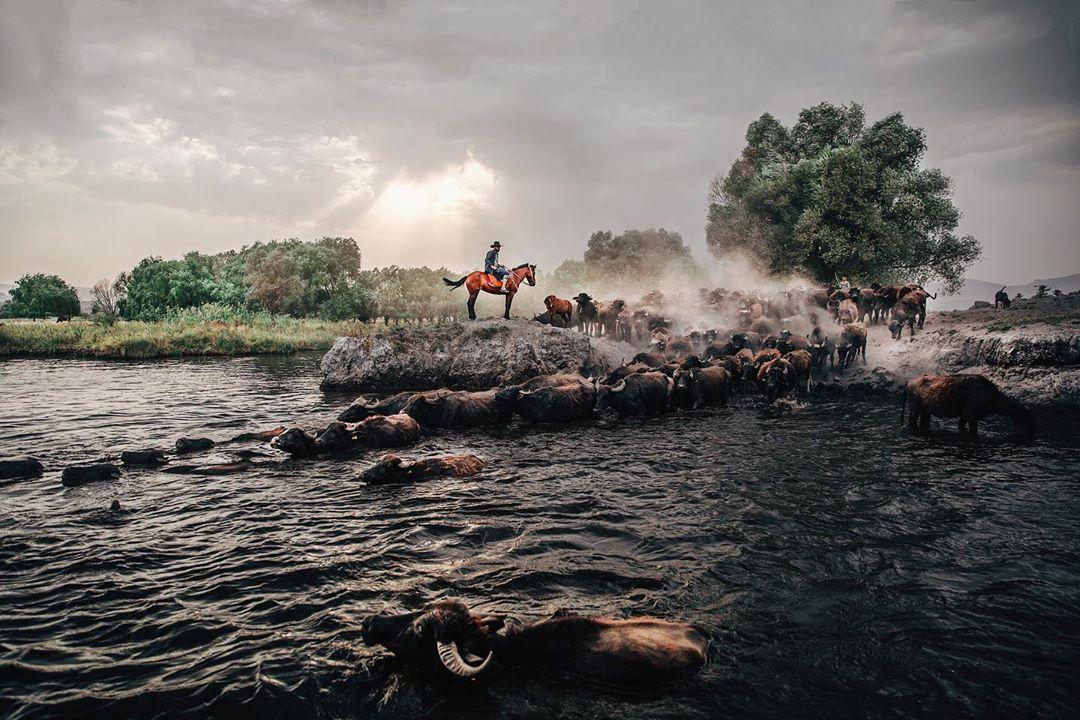 Удивительные снимки из путешествий Ахмета Эрдема