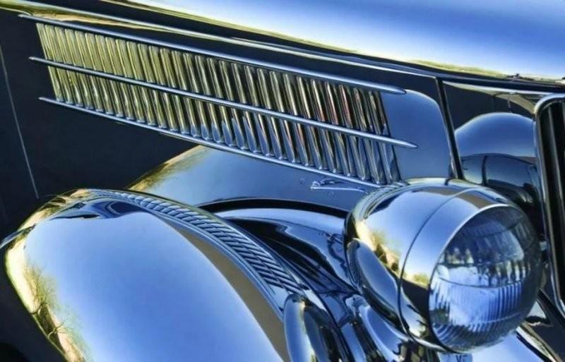 Ford V8 Tudor Deluxe с кузовом из нержавеющей стали Авто/Мото