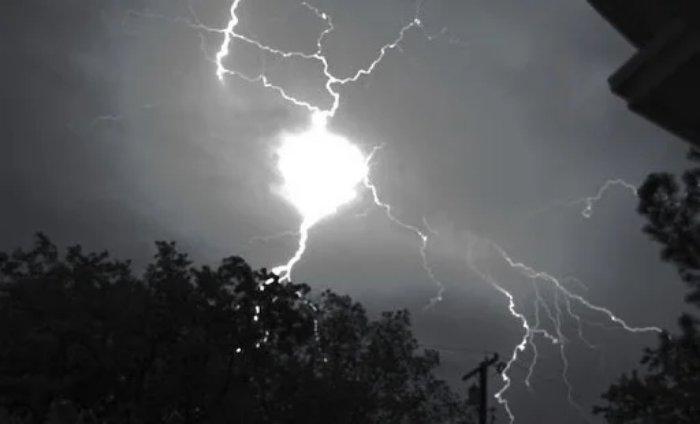 Что такое шаровая молния и как она возникает?