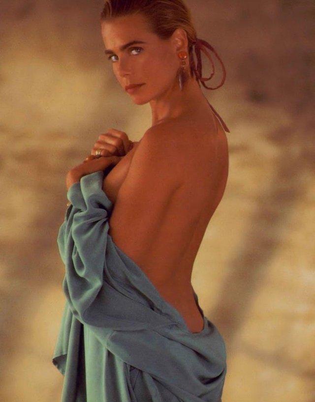 Снимки красивых актрис, моделей и просто девушек прошлых лет