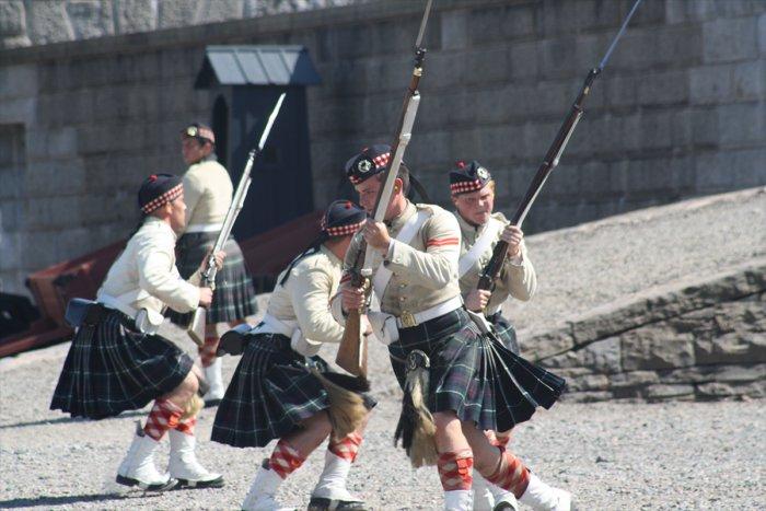 Почему мужчины носят юбки в Шотландии?
