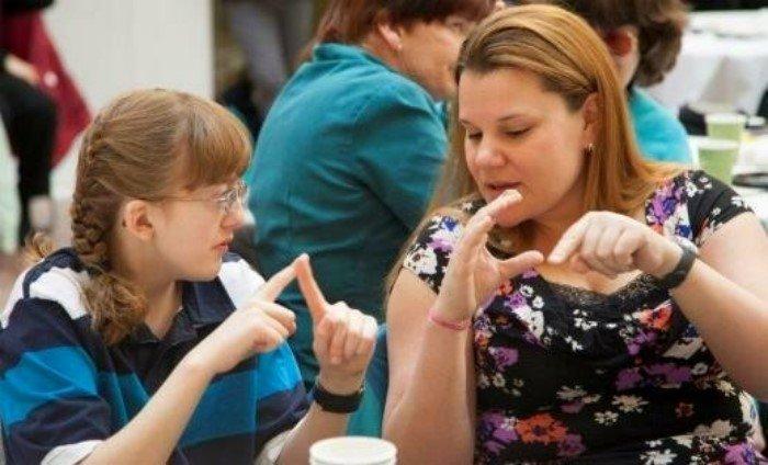 Почему в мире нет единого языка жестов?