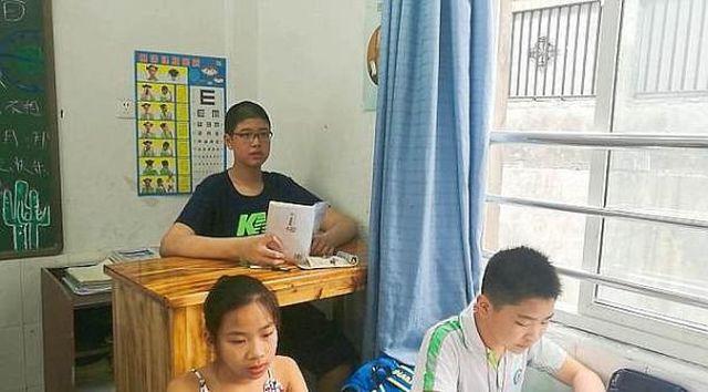 14-летний Рен Кей из Китая может стать самым высоким человеком в мире