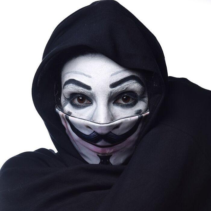 Креативные маски, которые помогут дополнить образ на Хэллоуин