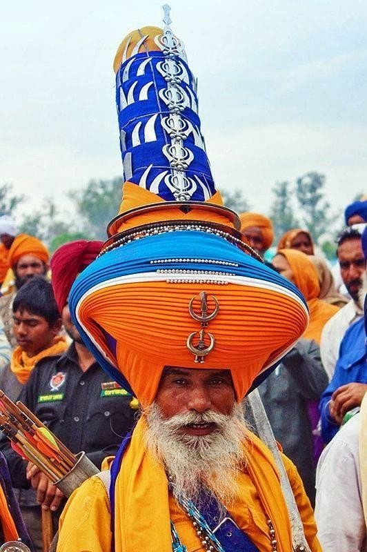 Зачем в Индии носят тюрбан на голове?
