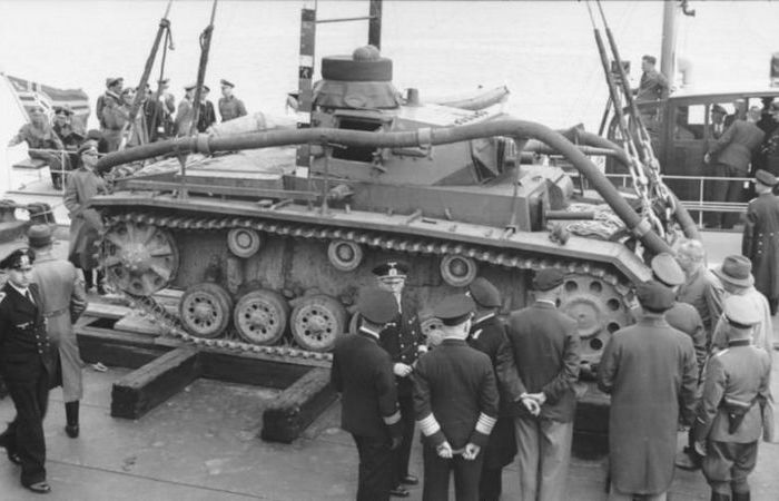 Необычный подводный танк немцев Tauchpanzer III