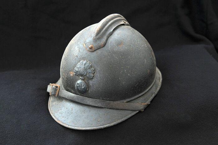 Для чего англичане использовали плоские каски в Первую мировую войну