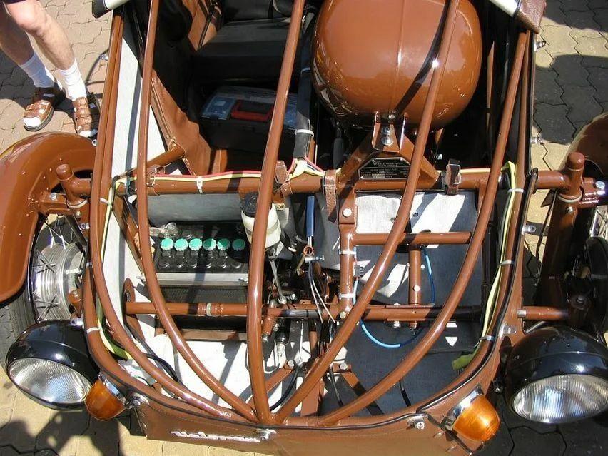 Чехословацкая мотоколяска Velorex с мотором от мотоцикла JAWA