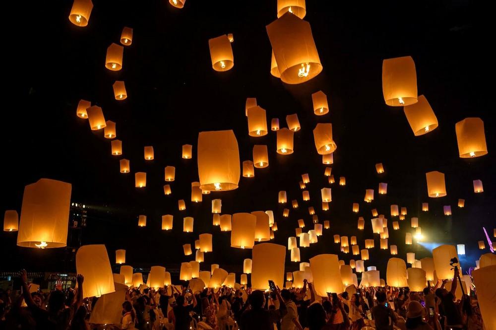 Ежегодный фестиваль Лойкратхонг в Таиланде
