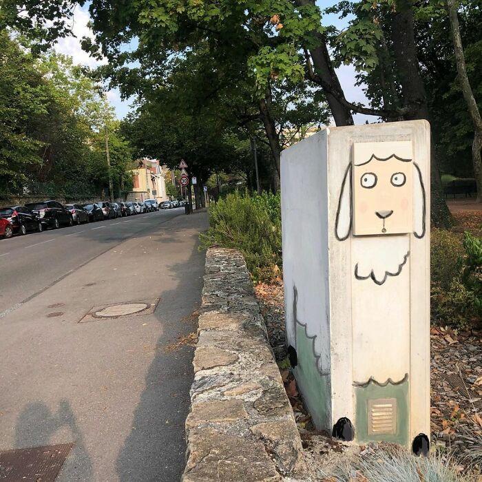 Забавный стрит-арт на улицах Лиона