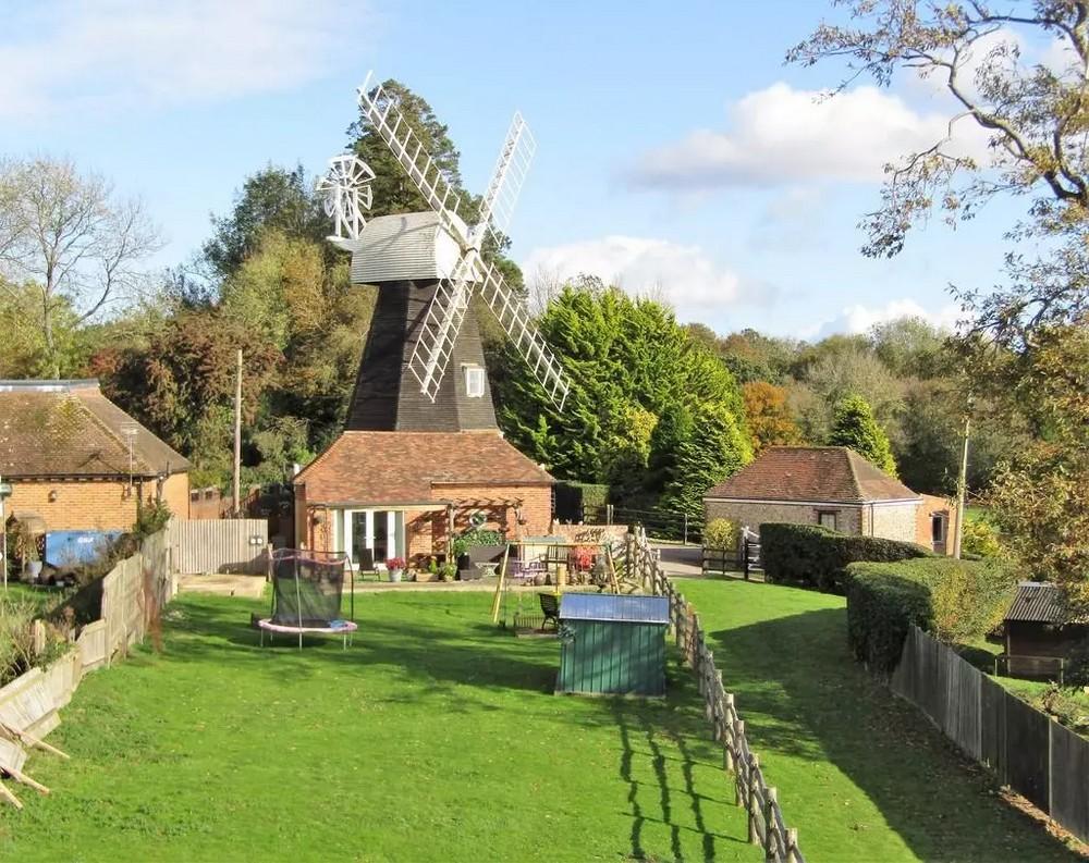 Дом из исторической 200-летней ветряной мельницы